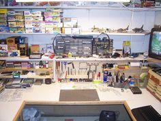 Workshop Storage, Workshop Organization, Garage Workshop, Tool Storage, Workshop Ideas, Storage Ideas, Hobby Desk, Hobby Room, Reloading Room