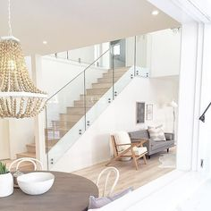 Amazing Glass Staircase Ideas To Inspire You Basically, luxury homes are deliberately made for people who like and like the element of beauty but with an elegant impression. Therefore, in designing luxury homes are generally not arbitrary alt… Staircase Railings, Modern Staircase, Staircase Design, Stairways, Staircase Ideas, Railing Ideas, Modern Railing, White Staircase, Banisters