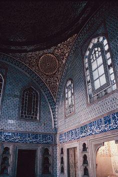 Istanbul, Topkapi palace, harem, bedroom of Murad III (r. 1574–95).