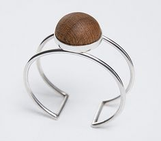 Roundure bracelet with Oak setting € 440
