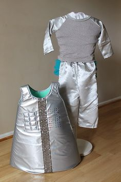 Sew a Robot costume for Halloween