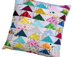 Red Pepper Quilts: Edges by Laura Gunn and a Flying Geese Pillow Cover