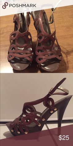 Jessica Simpson brown platform heels Jessica Simpson size 10B platform high heels in chocolate brown, slightly worn from age but still in good condition. Not actually worn more than a few occasions. Jessica Simpson Shoes Platforms