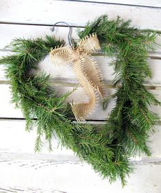Havukranssi Door Wreaths, Natural Materials, Decorating Your Home, Christmas Wreaths, Holiday Decor, Nature, Door Hangers, Crafts, Home Decor