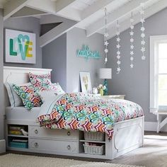 Beautiful tween teen girls' bedroom design for more great ideas check out this post! www.inspireandmake.com