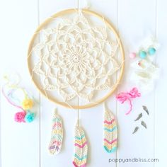 Dreamcatcher Inspired Wall Hanging (Tunisian crochet feathers free pattern)
