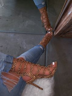 Shop Official Bee: The Latest Shoe Trends Amazing Shoes For Women Heels Ideas Diamond Splicing Open Toe Thin Sandals Stilettos, Stiletto Heels, Cheetah Heels, Shoes Heels Pumps, Heeled Boots, Shoe Boots, Latest Shoe Trends, Cute Heels, Fashion Heels