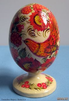 The tradition to present Easter eggs appeared in Russia in the 16th century, during the reign of Tsar Alexey I Mikhailovich, father of Peter I. Alexey I established the court order of Easter celebration with obligatory distribution of colored or painted eggs. Known that once Tsar Alexey I ordered to prepare 37,000 eggs. Along with chicken, swan, goose, duck, pigeon painted eggs, there were also eggs made of wood and bone. Those eggs were decorated with carvings and paintings ~