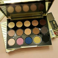 Urban Decay GWEN STEFANI PALETTE EXCLUSIVE Brand new. Authentic.  Never been used.  No Trade. No PayPal Price FIRM Urban Decay Makeup Eyeshadow
