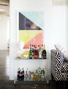 lucite bar cart Lucite Furniture, Acrylic Furniture, Bar Furniture, Luxury Furniture, Bar Cart Styling, Bar Cart Decor, Mini Bar, Vintage Bar, Vintage Industrial