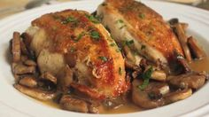 Food Wishes Video Recipes: Just Chicken and Mushrooms Chef John creates amazing videos! Chicken Mushroom Recipes, Best Chicken Recipes, Turkey Recipes, Chicken Mushrooms, Mushrooms Recipes, Chicken Ideas, Recipe Chicken, Pollo Guisado, Food Wishes