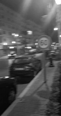 Blurry black and white night pic