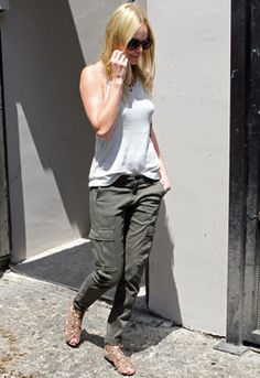 skinny olive green cargo pants - Kate Bosworth