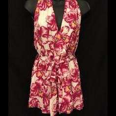 Floral Print Romper NWOT Backless halter style romper with matching belt Large CALS Shorts