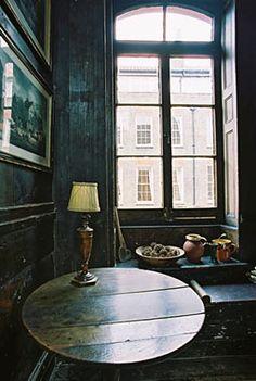4 Princelet Street, Spitalfields, London #architecture #interiors www.motherofpearl.com