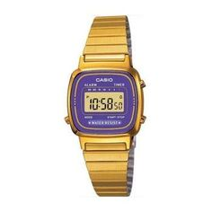 Purple version of Casio vintage watch. Dunno which one to get :o