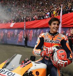Marc Marquez, Feel Good Pictures, Gp Moto, Man Crush Monday, Formula One, Motogp, Race Cars, Honda, Crushes
