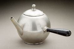 ANTIQUE WILCOX PEWTER COFFEE POT - ANTICA CAFFETTIERA WILCOX (U.S.A. FINE '800)