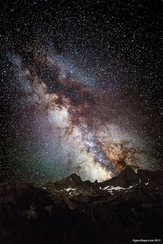 Night Sky: Lava Mountain Peaks Milky Way - Ansel Adams Wilderness in the Sierra Nevada of California Night Photography, Nature Photography, Landscape Photography, Urban Photography, Color Photography, Landscape Photos, Cosmos, Photography Tips For Beginners, Space And Astronomy