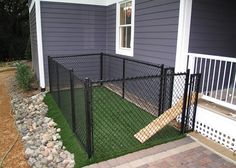 A small (very small) backyard dog run right off the porch or deck. - The Beautiful Outdoors - A small (very small) backyard dog run right off the porch or deck…when I get a house of my own an - Backyard Dog Area, Outdoor Dog Area, Dog Pen Outdoor, Backyard Ideas, Outdoor Dog Runs, Outdoor Cats, Backyard Fences, Garden Fencing, L Shaped House