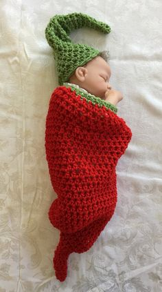 Crochet baby Cocoon & Hat - Chili Pepper