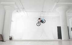 Michel Plonka riding in a Photo Studio! Watch full video here: http://www.the-rise.com/2011/12/ut-26-rise-x-made-of-stills.html
