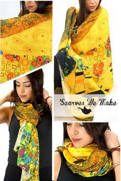 Gustav Klimt The Kiss scarf, Painted Scarf, Wearable art, Neck accessory, yellow scarf, women scarf, boho scarf, large, boho shawl, pareo #scarf #paintedscarf #Schal #shawl #sarongscarf #infinityscarf #bohoscarf