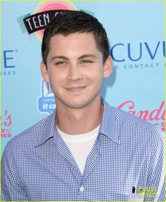 Logan Lerman & Alexandra Daddario - Teen Choice Awards 2013 | logan lerman alexandra daddario teen choice awards 2013 10 - Photo