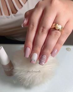 25 modelos de unhas decoradas com esmalte - Köröm festés - Gel Uv Nails, Nail Manicure, Glitter Nails, Matte Nails, Acrylic Nails, Love Nails, Pretty Nails, Bridal Nail Art, Creative Nails
