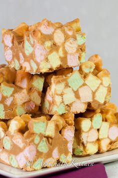 Butterscotch Confetti Squares | Art and the Kitchen -these quick and simple treats are so addictive!
