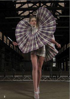 Giant pleat ruffle collar - oversized fashion structures; 3D sculptural fashion design; wearable art // Jan Taminiau