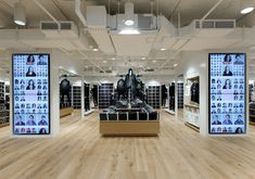 Uniqlo flagship store by Wonderwall on Fifth Avenue in New York