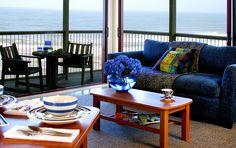 Lounge @ Castaways #kiwihosp #Castaways #KiwiRestaurants #KiwiHotels Kiwi, Hotels, Lounge, Restaurant, Couch, Throw Pillows, Bed, Furniture, Home Decor