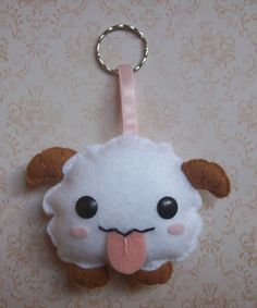 Poro - League of Legends Felt Crafts, Fabric Crafts, Sewing Crafts, League Of Legends, Upcycled Crafts, Diy Crafts, Crafts For Teens, Arts And Crafts, Pokemon Toy