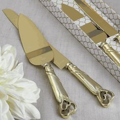 Two Piece Engraved Cake Knife Set- Cut the first slice of your wedding cake with a luxurious gold engraved cake server set - you will have a perfect photo moment! This stylish set consists of two pieces. The first is an engraved cake server with a go Wedding Cake Knife And Server Set, Heart Wedding Cakes, Pumps, Knife Sets, Gold Wedding, Ikea Wedding, Wedding Hacks, Glitter Wedding, Wedding Ideas