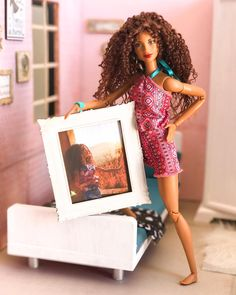 A girl gotta love herself 😁❤️❤️❤️ May this Monday treats you all well. Barbie Barbie, Barbie Life, Barbie Stuff, Barbie House, Barbie World, Barbie And Ken, Pretty Dolls, Beautiful Dolls, African American Dolls