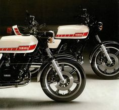 vanderbeer:  1977 Yamaha RD 250 & 400 (2) by Rickster G on Flickr.