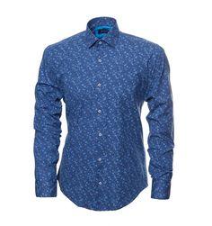 9cf63e520399725 Синяя рубашка в принт по супер выгодной цене 3290 руб, с бесплатной  доставкой по Москве