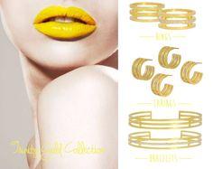 Styling by landebacks showing Trinity Ring Gold, Trinity Shiny Ring Gold, Trinity Earcuff Gold, Trinity Shiny Earcuff Gold, Trinity Bracelet Gold and Trinity Shiny Bracelet Gold #jewellery #Jewelry #bangles #amulet #dogtag #medallion #choker #charms #Pendant #Earring #EarringBackPeace #EarJacket #EarSticks #Necklace #Earcuff #Bracelet #Minimal #minimalistic #ContemporaryJewellery #zirkonia #Gemstone #JewelleryStone #JewelleryDesign #CreativeJewellery #OxidizedJewellery #gold #silver…