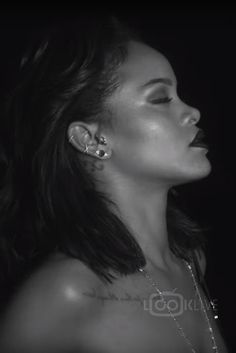 Rihanna wearing  Jacquie Aiche Diamond Cluster Oval Raw Stud, Jacquie Aiche Shaker Belly Chain