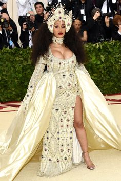 Cardi B, Gala Dresses, Red Carpet Dresses, Nice Dresses, Jeremy Scott, Beyonce, Rihanna, Moschino, Met Gala Outfits