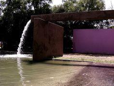 Fuente de los amantes - Luis Barragan, Architect