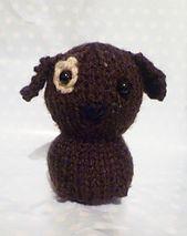 http://knittedtoybox.blogspot.co.uk/2008/04/sweet-little-bird.html