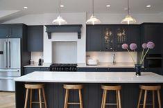 This beautiful modern shaker kitchen in rich Dark Navy colour. Grey Kitchen Island, Kitchen In, Navy Kitchen, Open Plan Kitchen Living Room, Kitchen Units, Kitchen Layout, Kitchen Ideas, Kitchen Cabinets, Kitchen Islands