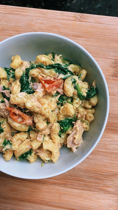 Seagan Mac and cheese @wonrachel Easy Meal Prep, Healthy Meal Prep, Easy Meals, Dairy Free Recipes, Vegan Recipes, Gluten Free, Dairy Free Mac And Cheese, Cashew Cream, Tuna Recipes