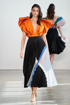 """Bibhu Mohapatra Spring 2020 Ready-to-Wear Fashion Show Bibhu Mohapatra Spring 2020 Ready-to-Wear Fashion Show,new fashion style Bibhu Mohapatra Spring 2020 Ready-to-Wear Collection – Vogue Related Of April Ludgate's Most Iconic Lines On """"Parks. Vogue Fashion, Look Fashion, Runway Fashion, High Fashion, Womens Fashion, Fashion Goth, Haute Couture Style, Couture Mode, Couture Fashion"""