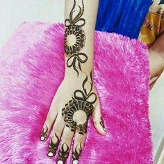 Beautiful arabic henna
