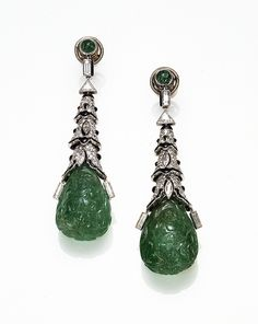 Cartier Paris Art Deco Emerald Onyx Diamond Earrings 1924 image Clive Kandel Cartier Collection by Clive Kandel, via Flickr