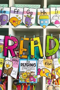 Reading Strategy Posters for emergent readers - classroom printbles Kindergarten Classroom Decor, First Grade Classroom, Kindergarten Reading, Classroom Themes, English Classroom Posters, Printable Classroom Posters, Kindergarten Rocks, Future Classroom, Classroom Activities