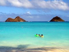 Lanikai Beach, East Coast - kayak to mini islands